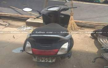 Honda Activa Dlx Right Side