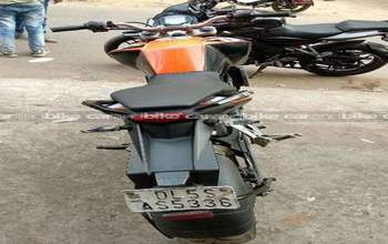 Ktm 200 Duke Std Right Side