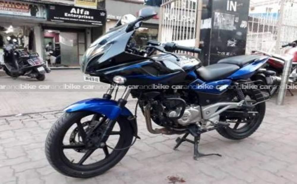 Used Bajaj Pulsar 220 Bike in Mumbai 2017 model, India at ...