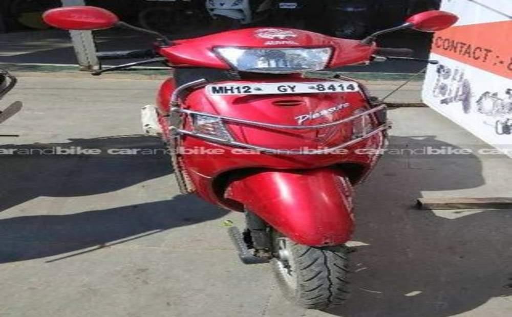 Hero Honda Pleasure Std Front View
