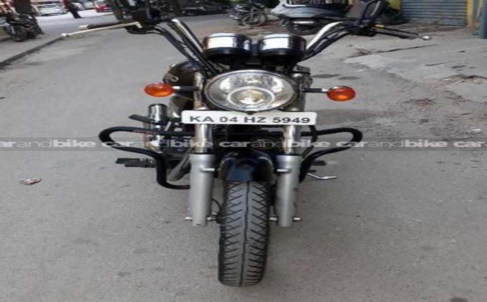 Royal Enfield Thunderbird 350 Std Front View