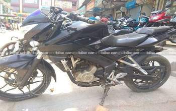Bajaj Pulsar 200 Ns Std Right Side