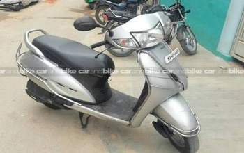 Honda Activa Dlx Left Side