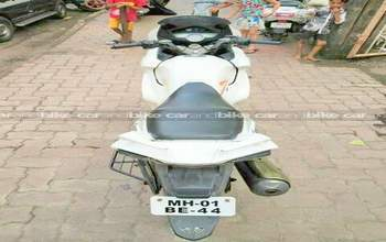 Hero Karizma Zmr Std Right Side