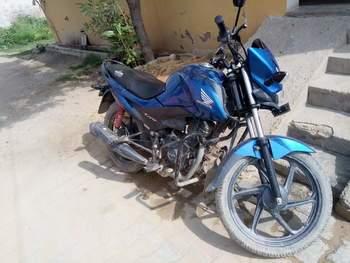 Honda Livo Right Side