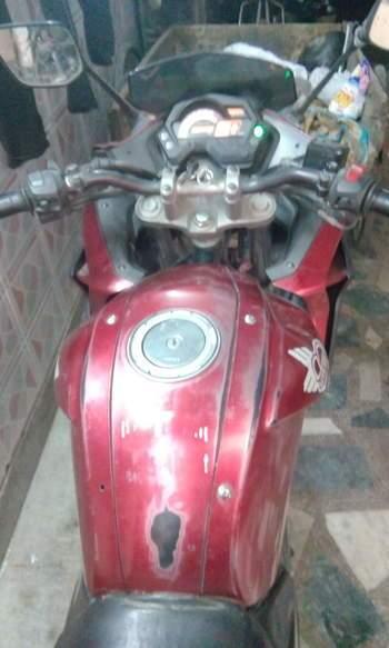 Yamaha Fazer Right Side