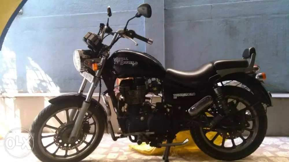 Royal Enfield Thunderbird 350 Left Side