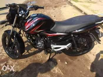 Bajaj Discover 100m Left Side