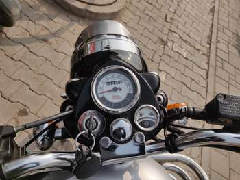 Royal Enfield Bullet 500 Left Side