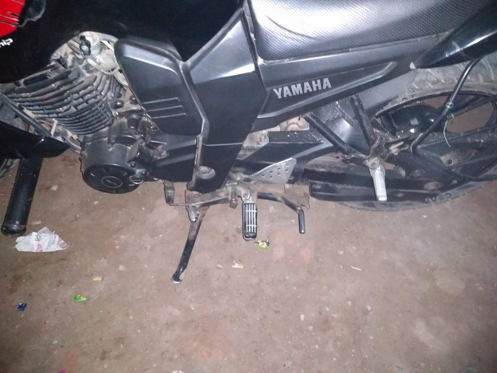 Yamaha Fz 16 Rear View