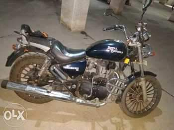 Royal Enfield Thunderbird 350 Right Side