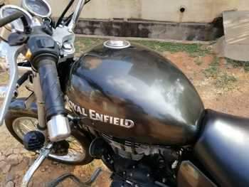 Royal Enfield Thunderbird 350 Right Side