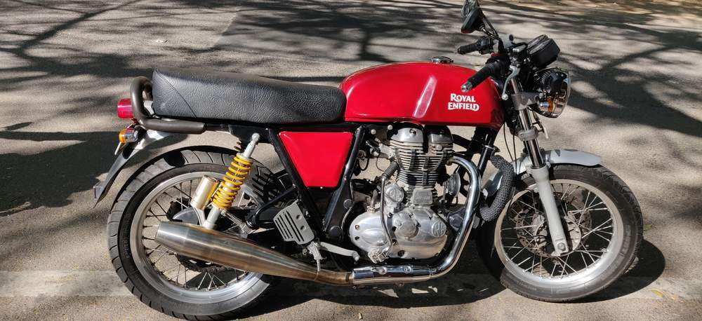 Royal Enfield Continental Gt Front View