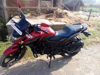 Honda Cb Hornet 160r Rear Tyre