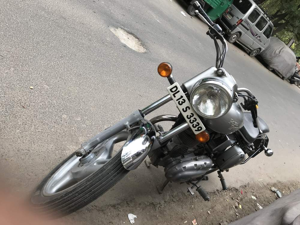 Royal Enfield Bullet Electra Right Side