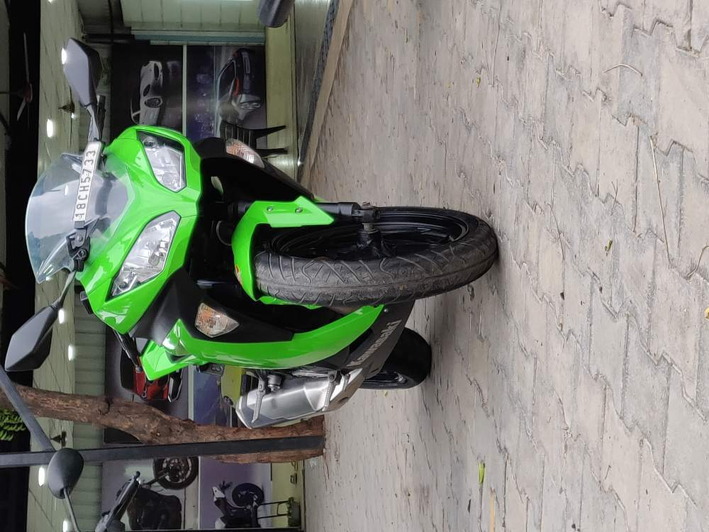 Kawasaki Ninja 300 Front View