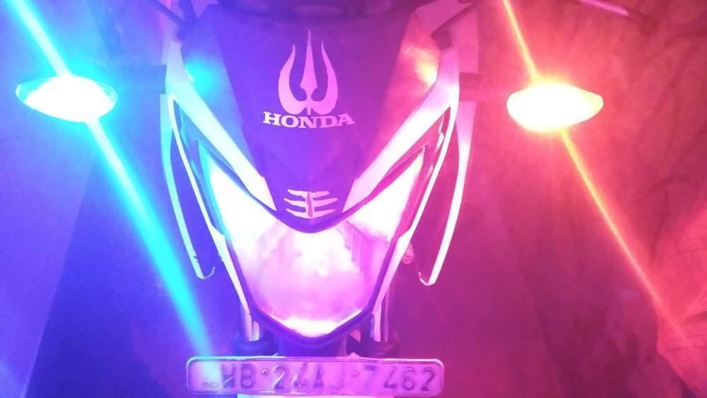 Honda Cb Hornet 160r Rear View
