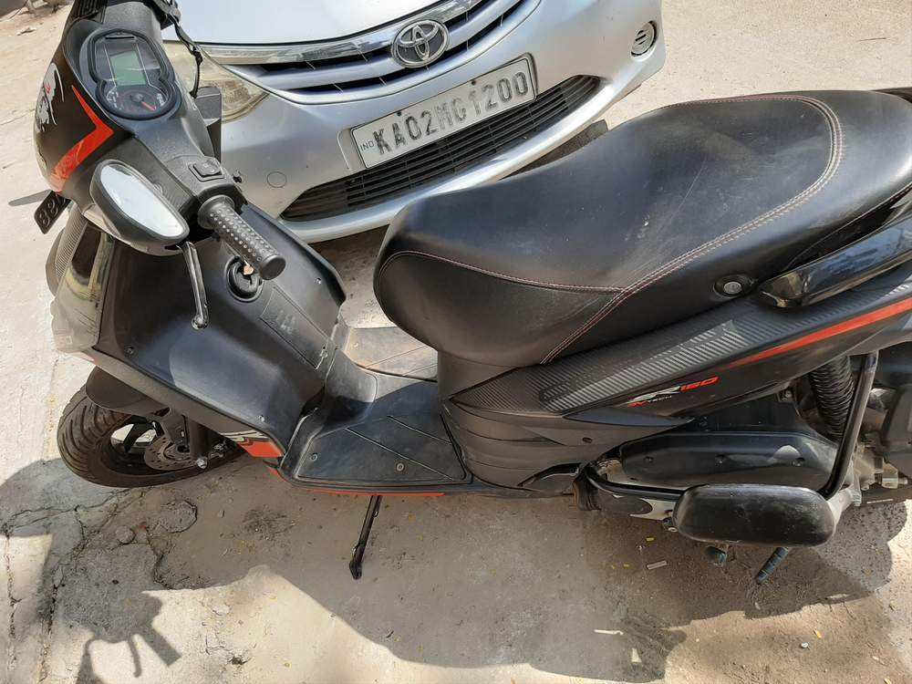 Aprilia SR 150 Price in Bangalore: Get On Road Price of ...