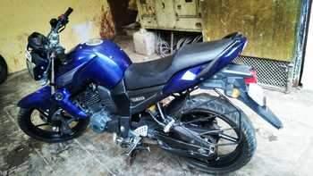 Yamaha Fz1 Right Side
