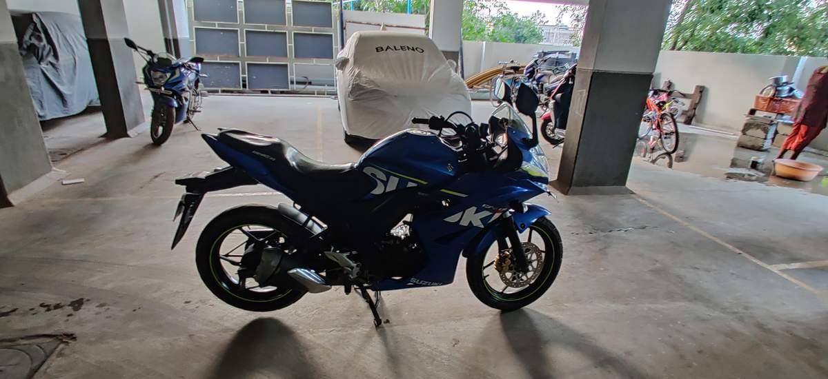 Suzuki Gixxer Sf Left Side