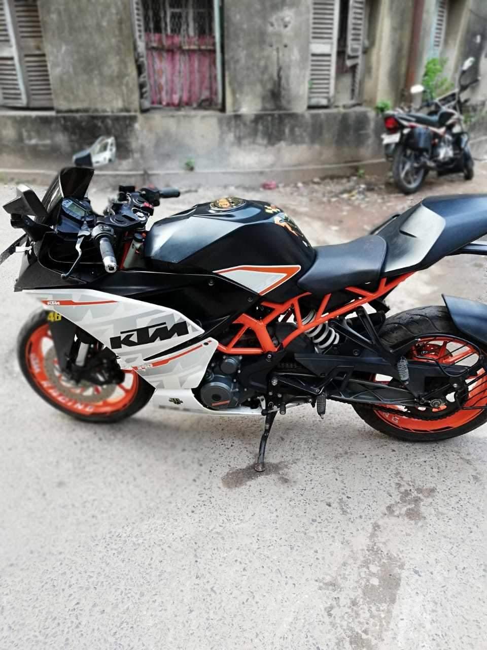 Used Ktm Rc 390 Bike In Kolkata 2017 Model India At Best Price Id 40594