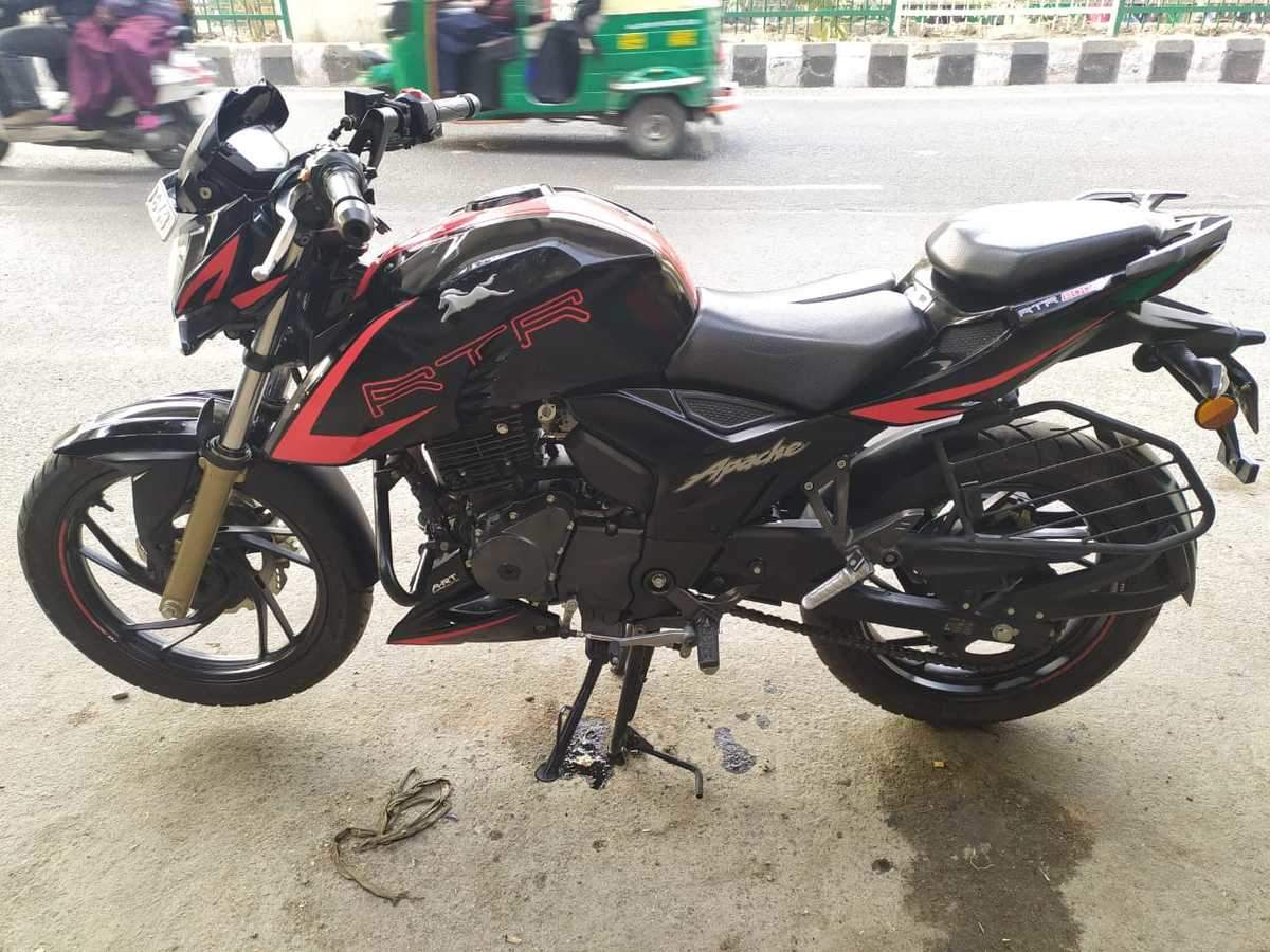 Tvs Apache Rtr 200 4v Right Side