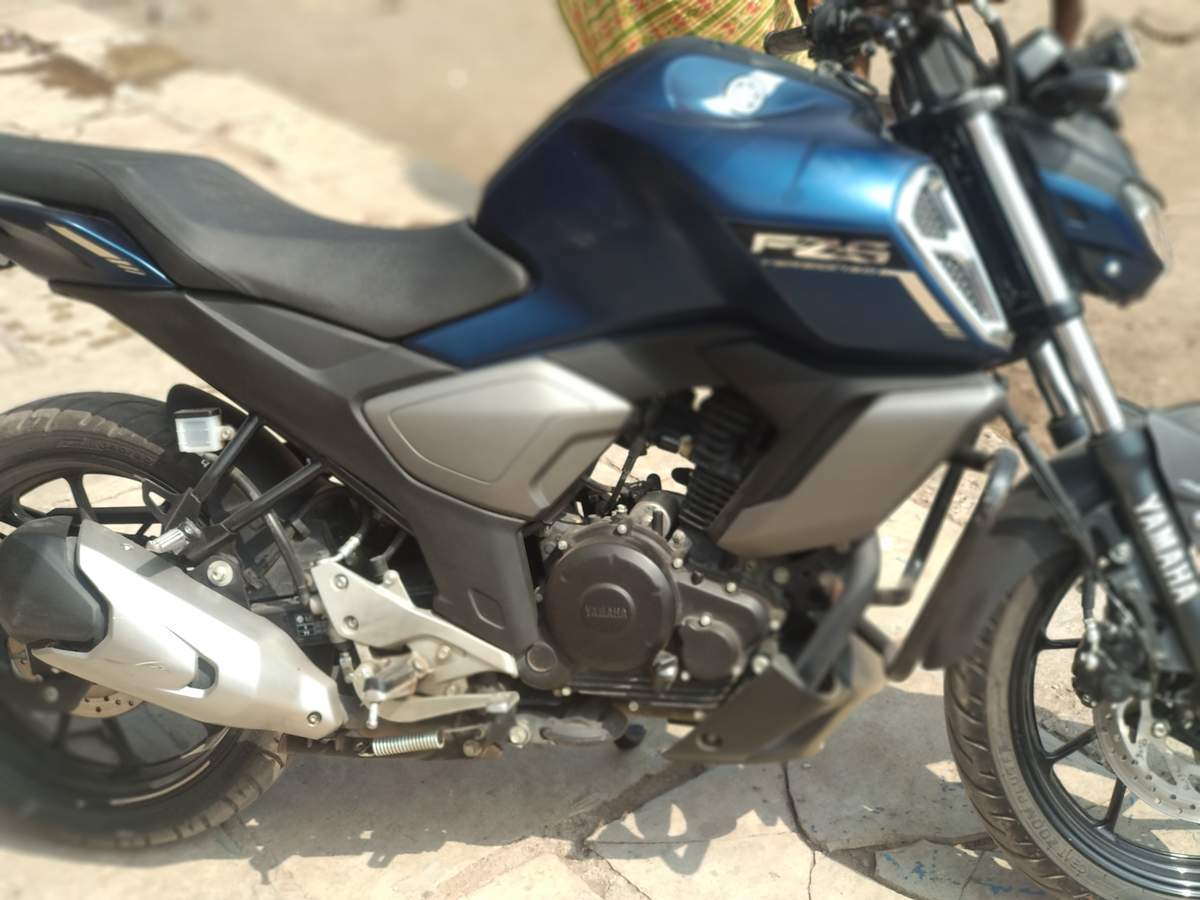 Yamaha Fz S V30 Fi Front View