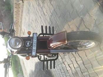 Jawa 300 Left Side