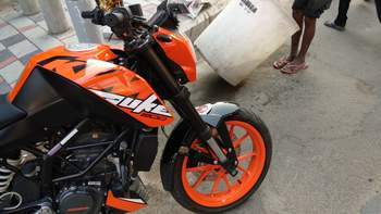 Ktm 200 Duke Left Side