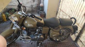 Royal Enfield Classic Desert Storm Right Side