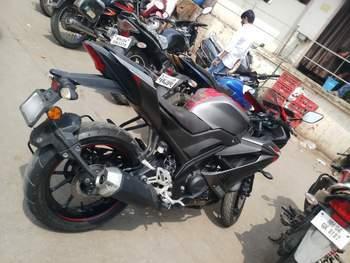 Yamaha R15 V30 Rear Tyre