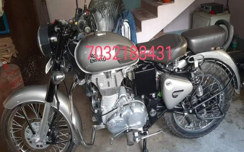 Royal Enfield Classic 350 Front View