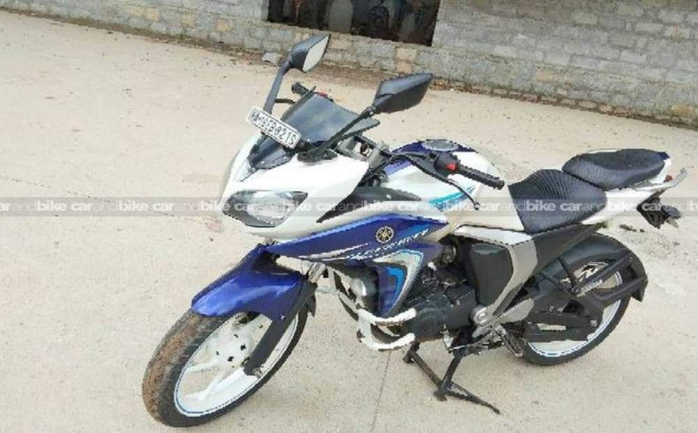 Yamaha Fazer Std Front View