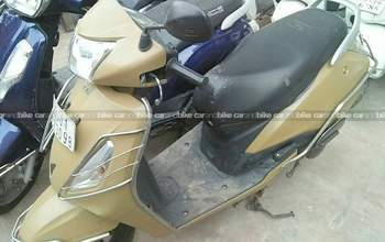 Tvs Jupiter Millionr Se Rear View