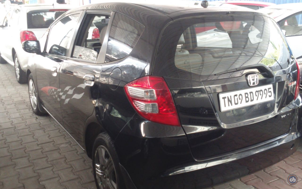 Honda jazz used car price in chennai 18