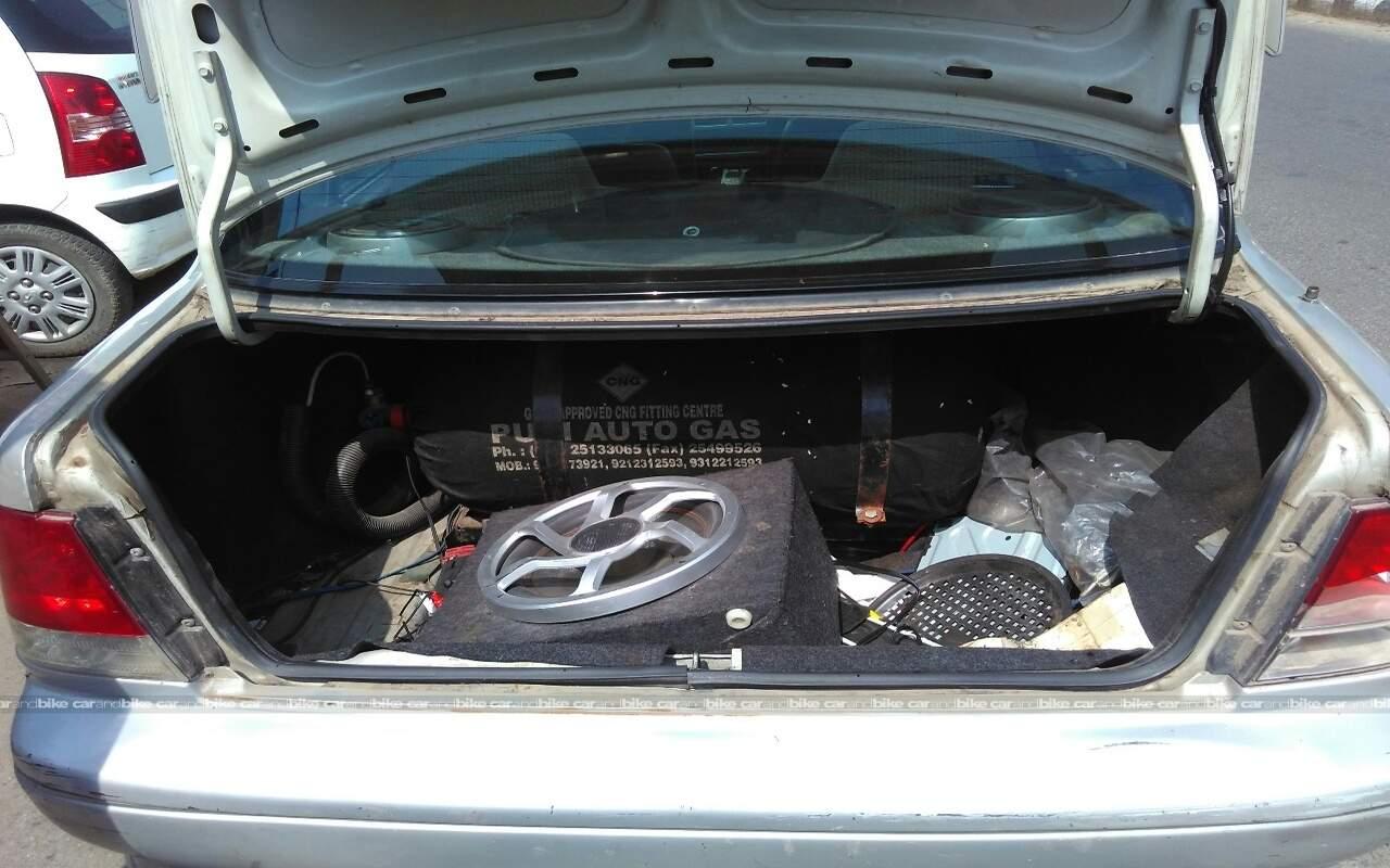 Maruti Esteem 2005 Model Used Maruti Suzuki Esteem Vxi In West Delhi 2005 Model Maruti Suzuki