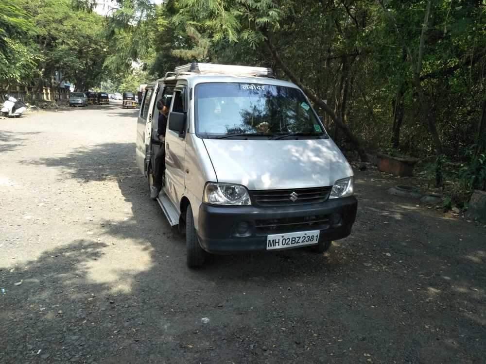 Maruti Suzuki Eeco Rear Left Side Angle View