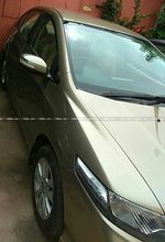 Honda City V Mt Diesel Front Right Side Angle View