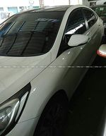 Hyundai Fluidic Verna 16 Vtvt Sx At Front Windshield Top
