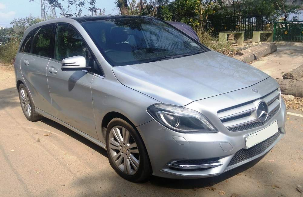 Mercedes Benz B Class Left Side View