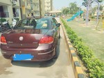 Fiat Linea Right Side View