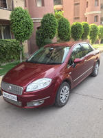Fiat Linea Rear Left Side Angle View