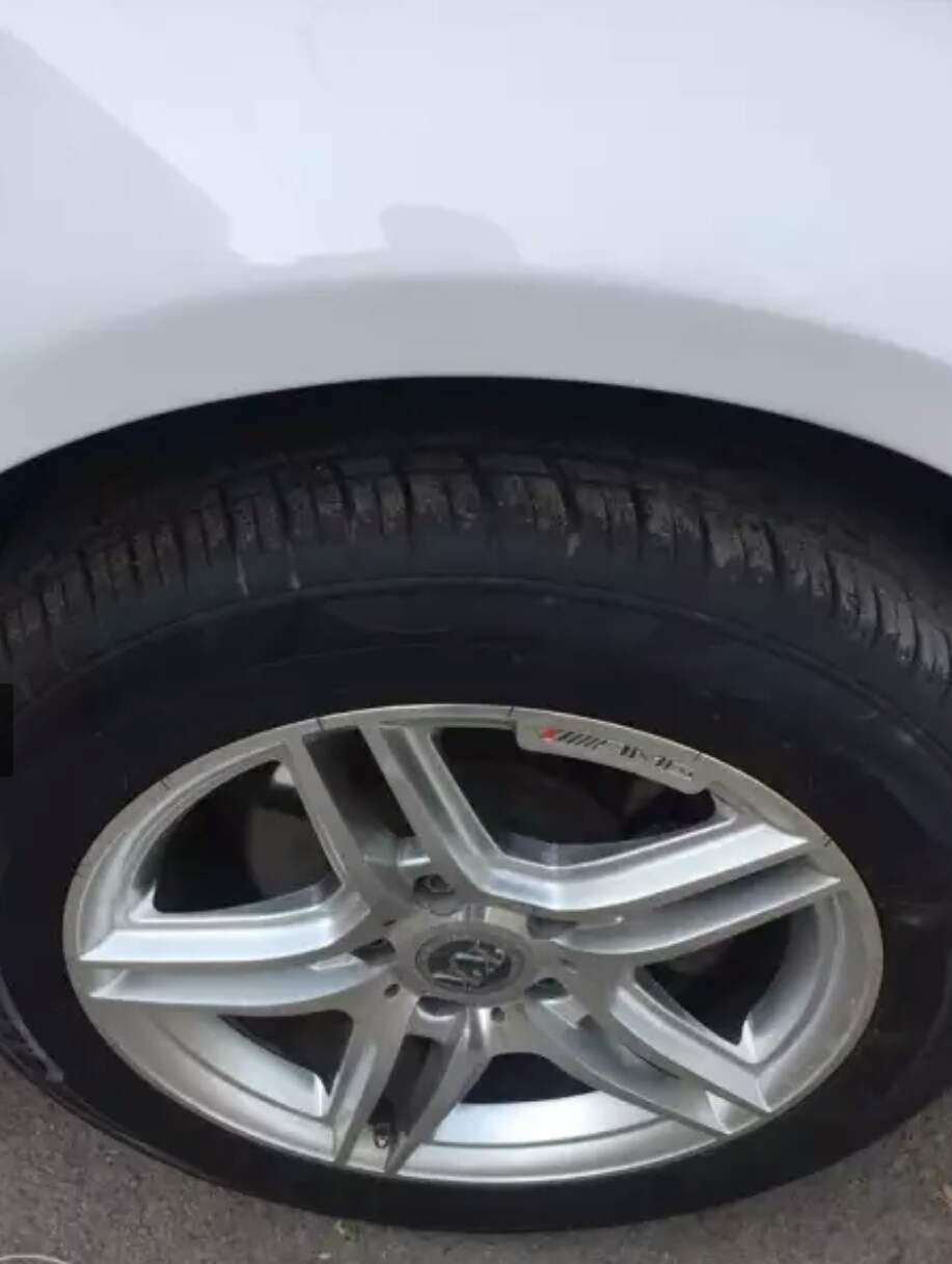 Volkswagen Jetta Rear Left Rim