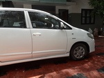 Toyota Innova Right Side View