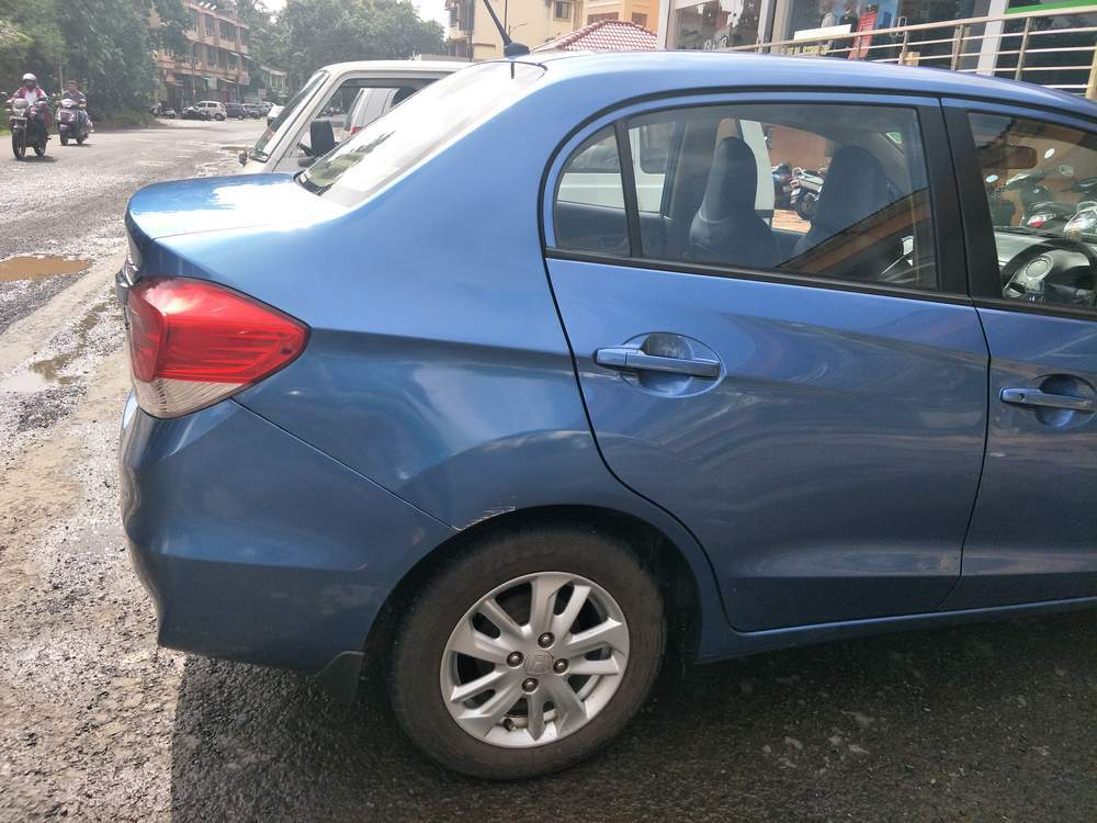 Honda Amaze Rear Left Side Angle View
