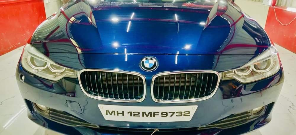 Bmw 3 Series Rear View