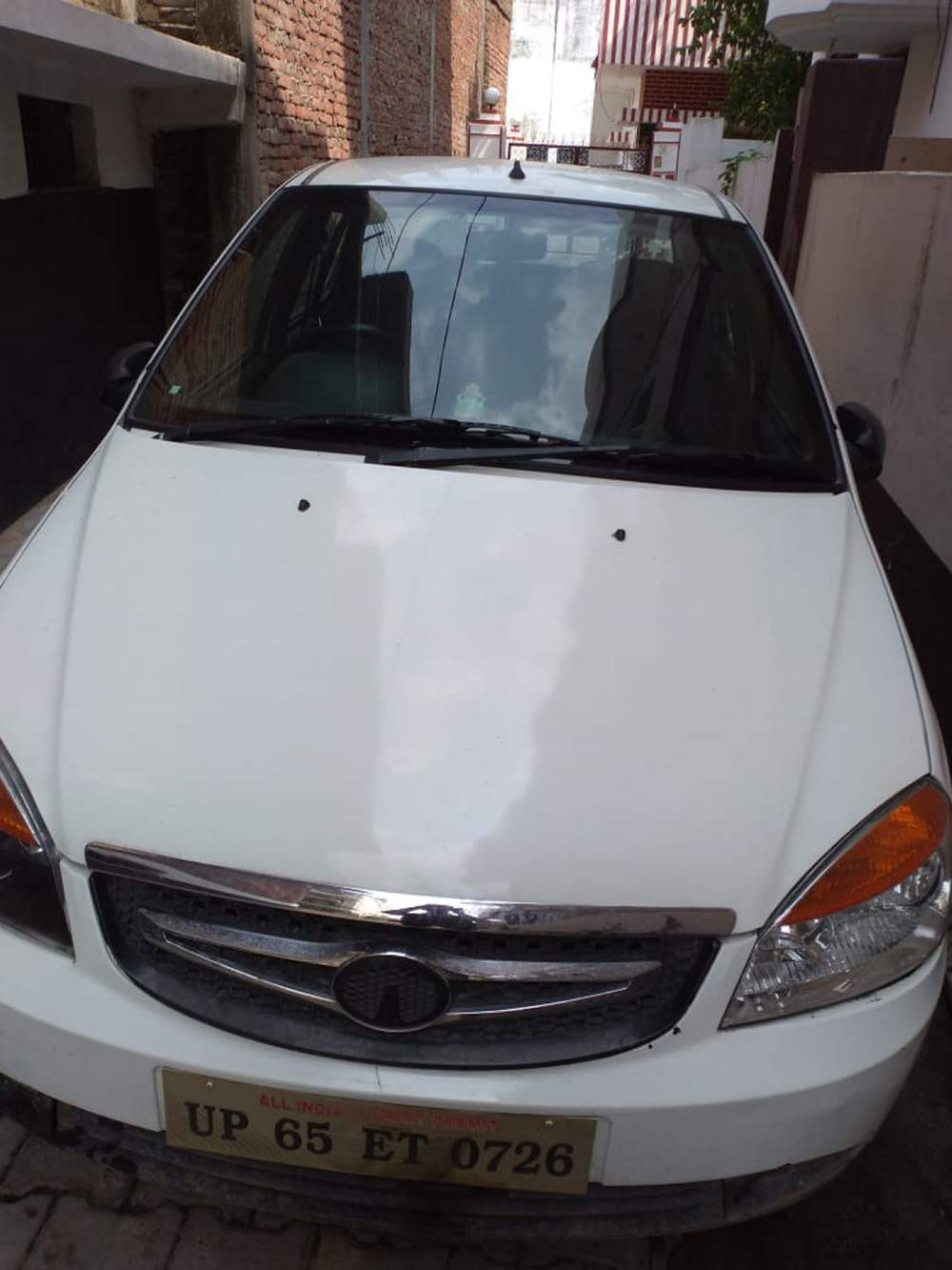 Tata Indigo Ecs Left Side View