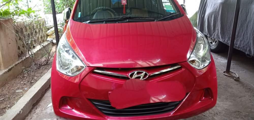 Hyundai Eon Rear Left Side Angle View