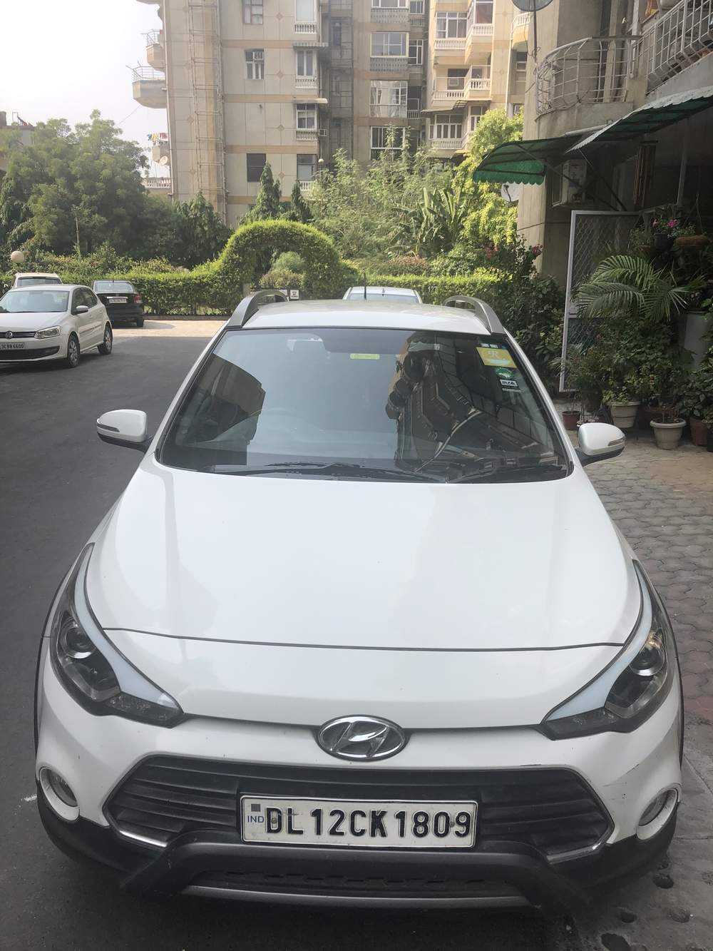 Hyundai I20 Active Left Side View