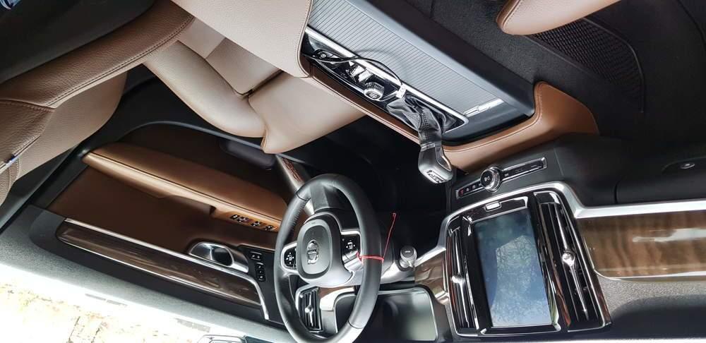 Volvo S90 Front Left Rim